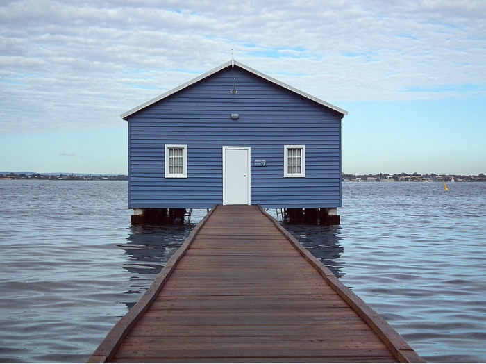 crawley-edge-blue-boatshed-perth