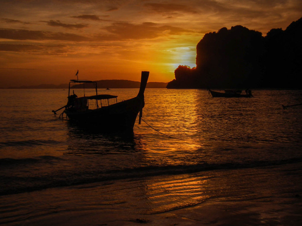 sunset-railay-beach-krabi-thailand