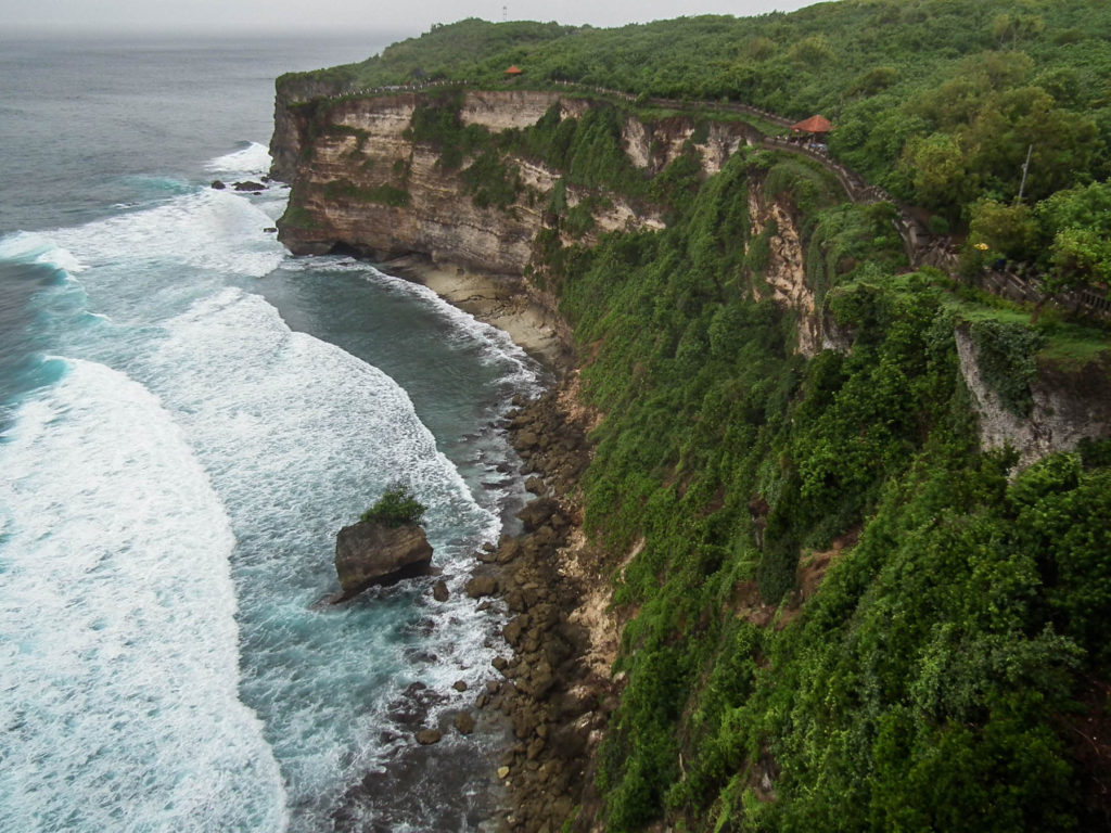 uluwatu-temple-temples-to-visit-in-bali-indonesia